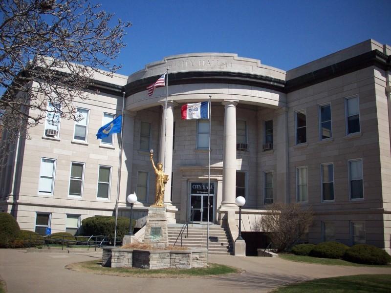 Muscatine City Hall Closeup A p