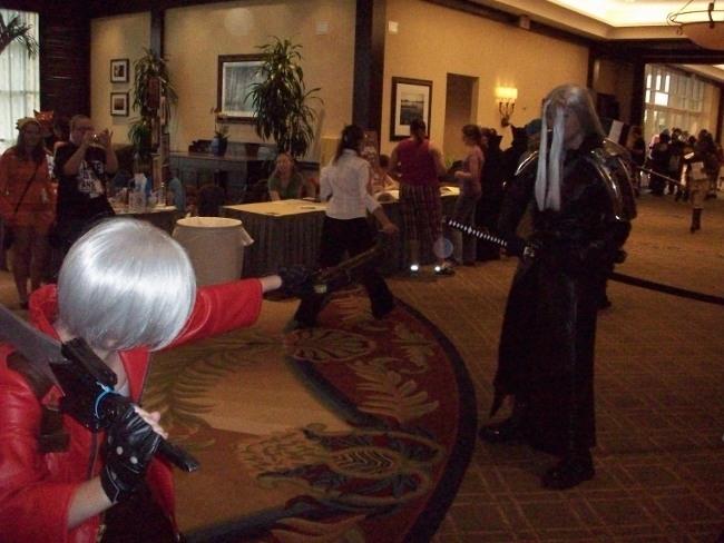 Dante VS Sephiroth at Anime Fes